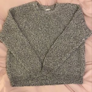 🦋 H&M Speckled Sweater
